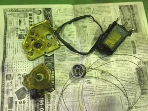 カウンタック25thアニバーサリードアガラスレギュレーター修理